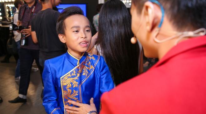 Thi sinh Vietnam Idol Kids cang thang truoc dem ban ket hinh anh