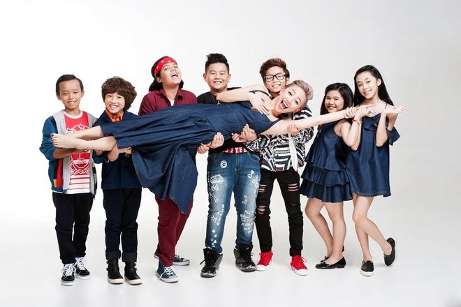 Toc Tien tinh nghich ben dan thi sinh Vietnam Idol Kids hinh anh 1