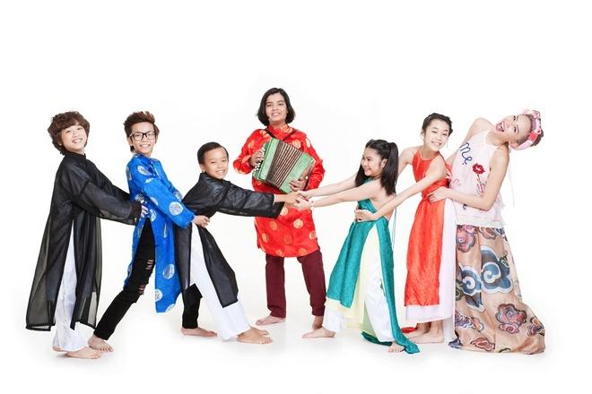 Toc Tien tinh nghich ben dan thi sinh Vietnam Idol Kids hinh anh 9