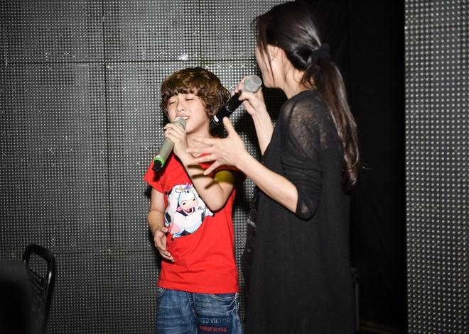 Tiet lo ca khuc trinh dien trong chung ket Vietnam Idol Kids hinh anh