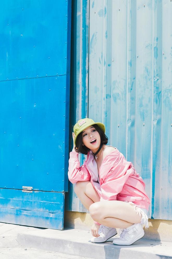 Suni Ha Linh chuan bi tang toc sau hit 'Em da biet' hinh anh 1
