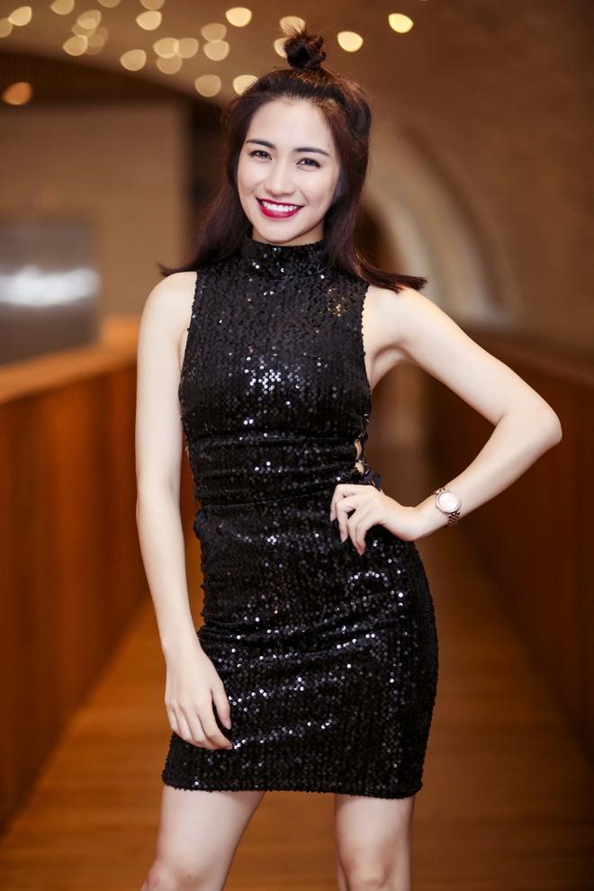 Hoa Minzy: 'Toi dang lam canh no nan, trang tay' hinh anh 4