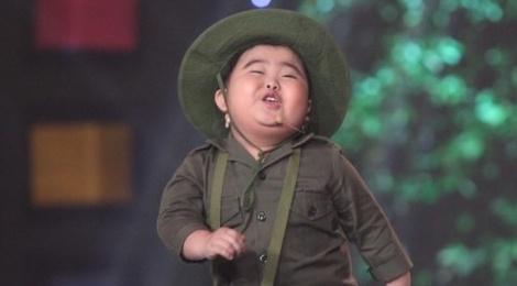 Bo doi 5 tuoi khien Cam Ly, Dai Nghia kho xu hinh anh