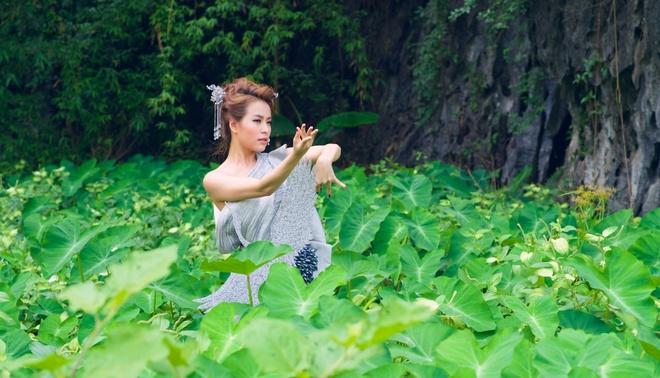 Hoang Thuy Linh benh vuc Vinh Thuy khi bi che nhat nheo hinh anh 5