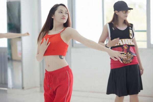 Bao Anh lan dau noi ve tin dang yeu Ho Quang Hieu hinh anh 1