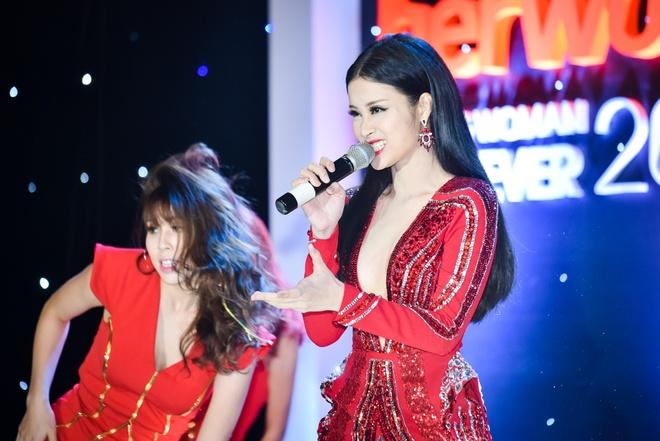 Dong Nhi,  Vu Cat Tuong nhan giai anh 1