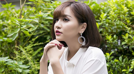 Bich Phuong: 'Dan ong tien mot buoc, toi lui mot buoc' hinh anh