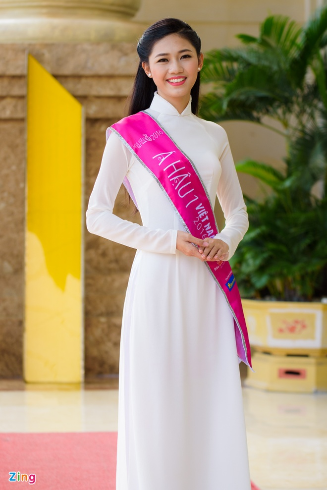 Hoa hau Do My Linh rang ro ben a hau Thanh Tu, Thuy Dung hinh anh 10