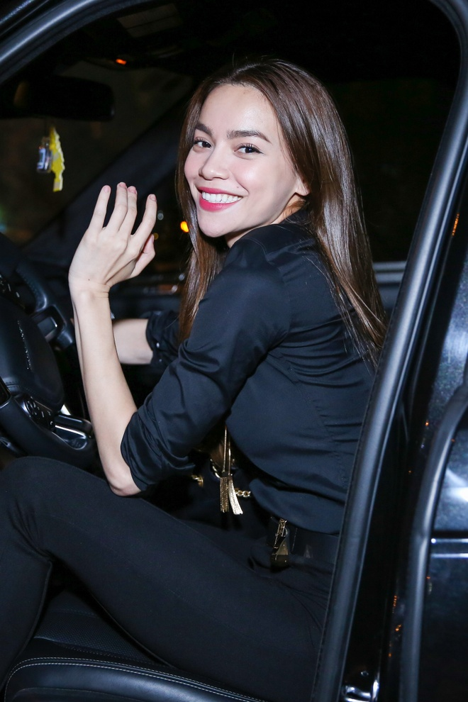 Ho Ngoc Ha, Phi Phuong Anh mac sanh dieu di giao luu hinh anh 11