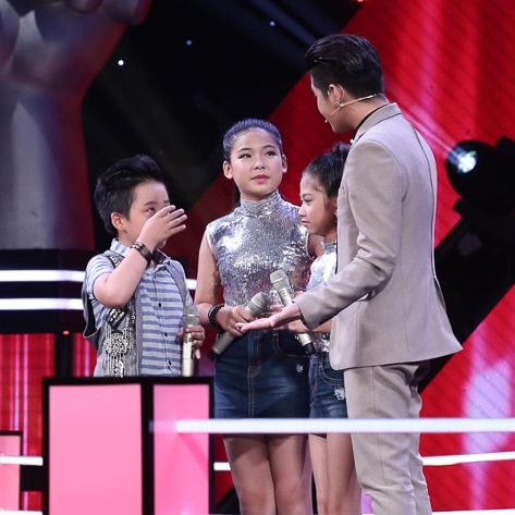 Hot boy nhi The Voice Kids bung no voi 'That bat ngo' hinh anh 8