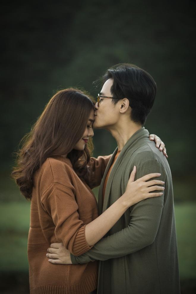 Ha Anh Tuan va Thanh Hang om hon trong MV hinh anh 3