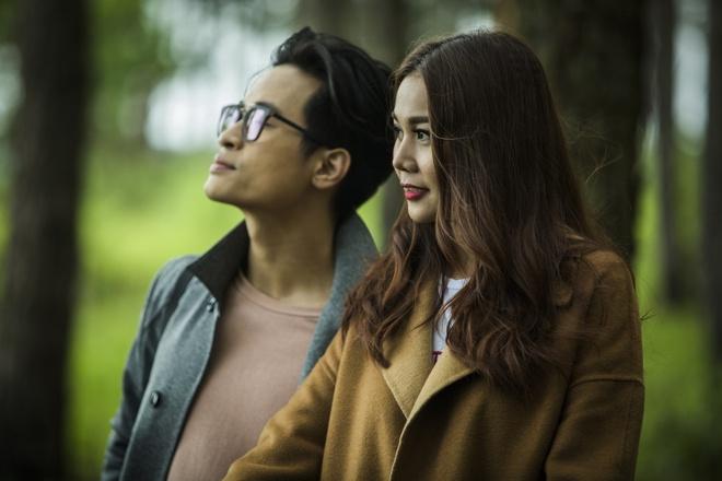 Ha Anh Tuan va Thanh Hang om hon trong MV hinh anh 2