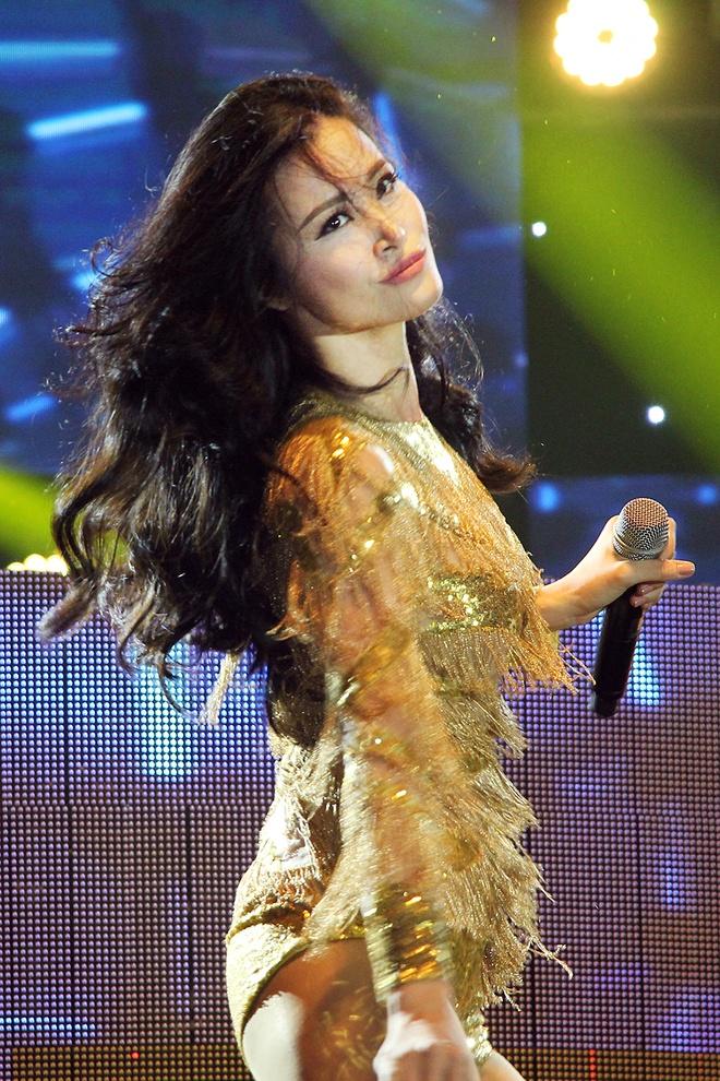 Live show Dong Nhi tai Da Nang anh 1