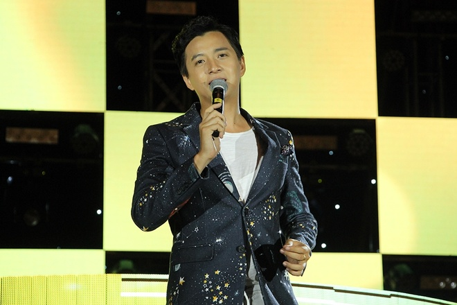 Live show Dong Nhi tai Da Nang anh 10