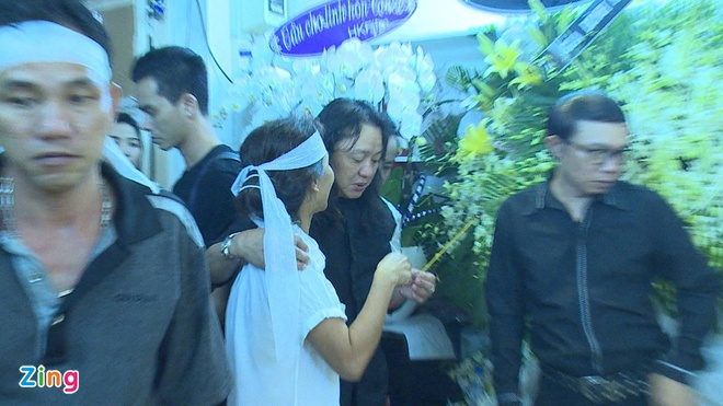 Nhat Hao khoc nuc no ben linh cuu Minh Thuan hinh anh 2