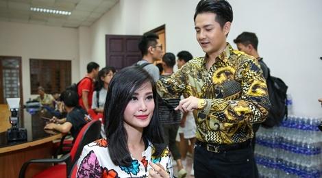 Dong Nhi, Ong Cao Thang mac do sac so di cham thi hinh anh
