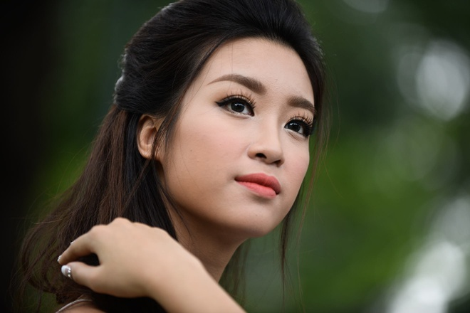 Hoa hau Do My Linh: 'Khong chap nhan hop dong tinh ai' hinh anh