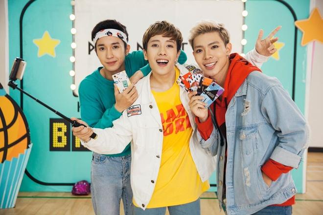 Monstar tung MV 'Baby Baby' phien ban hoc sinh hinh anh 1