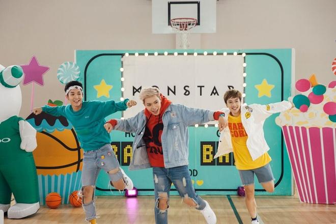 Monstar tung MV 'Baby Baby' phien ban hoc sinh hinh anh 2