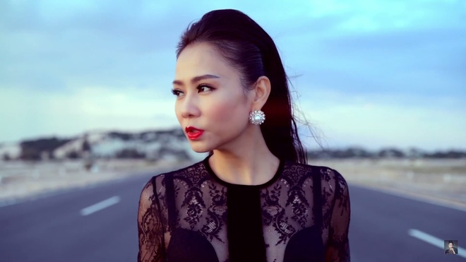 Thu Minh bieu cam hai sac thai doi lap trong MV moi hinh anh 1