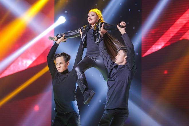 Hot boy The Voice Kids chinh phuc hit Phan Manh Quynh hinh anh 9