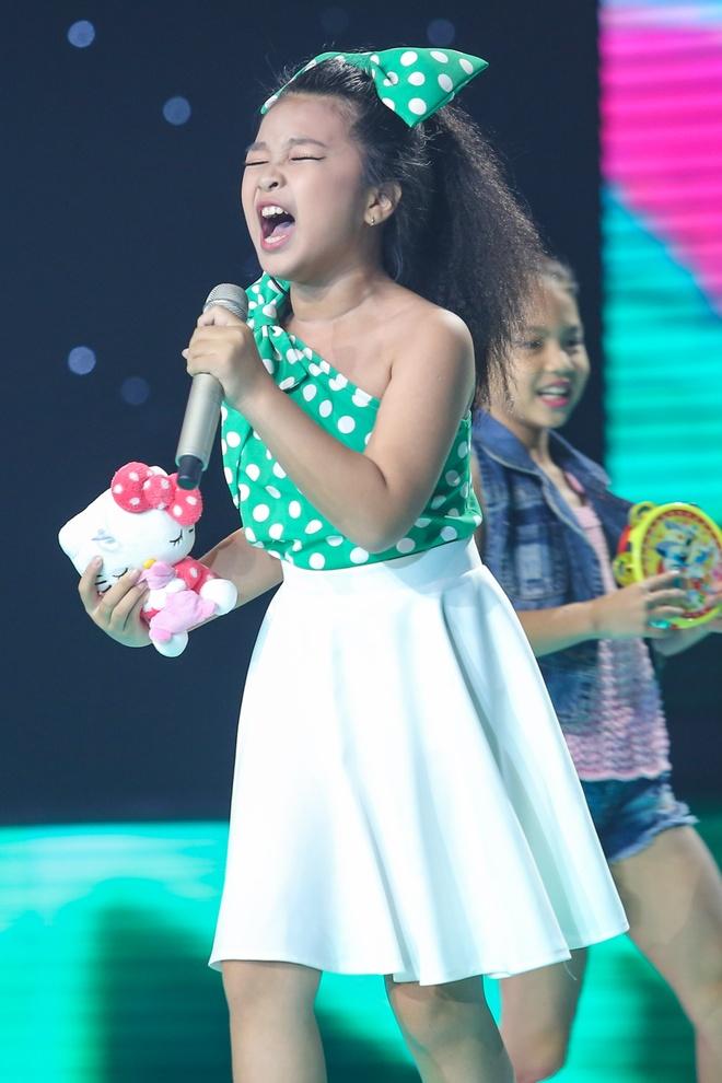 Hot boy The Voice Kids chinh phuc hit Phan Manh Quynh hinh anh 12