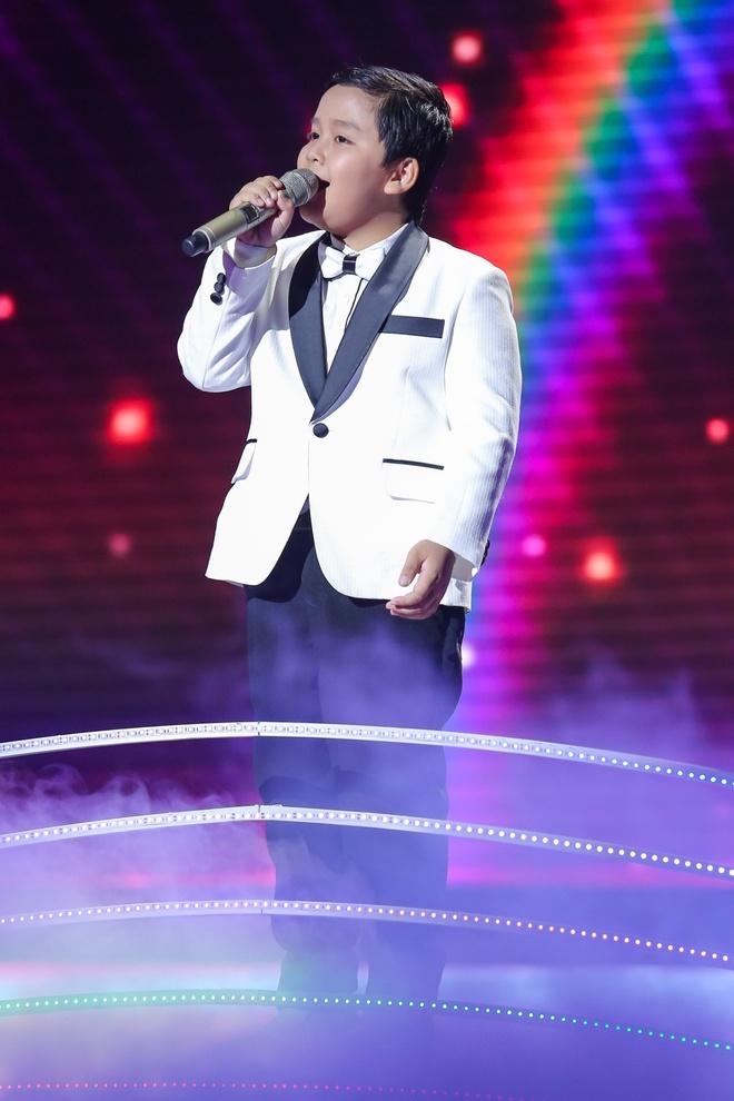 Hot boy The Voice Kids chinh phuc hit Phan Manh Quynh hinh anh 17