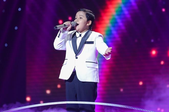 Hot boy The Voice Kids chinh phuc hit Phan Manh Quynh hinh anh 18