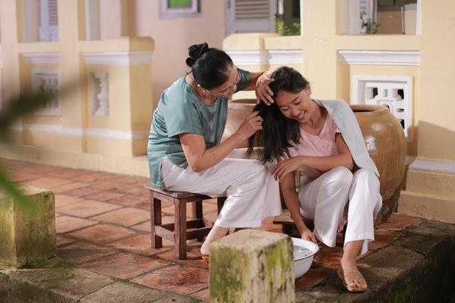 Doan Trang tai xuat voi MV nhac phim 'Sai Gon, anh yeu em' hinh anh 2