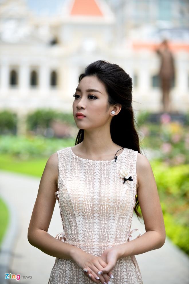 Hoa hau My Linh do dang voi Thanh Tu hinh anh 5