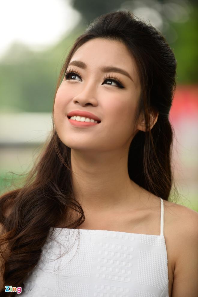 Hoa hau My Linh do dang voi Thanh Tu hinh anh 3