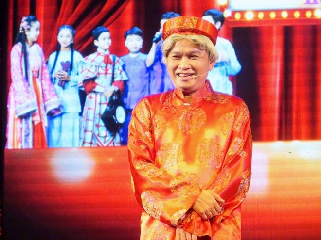 Hoai Linh nhan than dong cai luong mien Tay lam con nuoi hinh anh 9