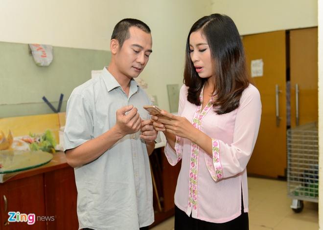 Dam Vinh Hung tu tay trang diem cho chong Cam Ly hinh anh 14