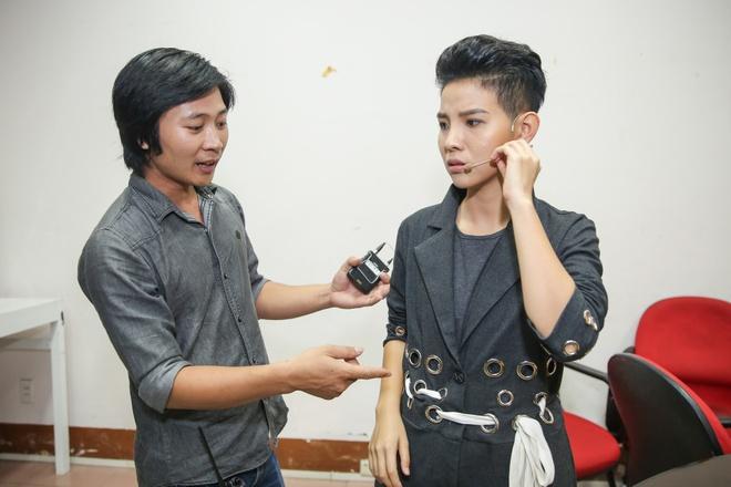 Ong Cao Thang hon Dong Nhi tai The Voice Kids anh 8