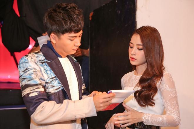 Ong Cao Thang hon Dong Nhi tai The Voice Kids anh 9