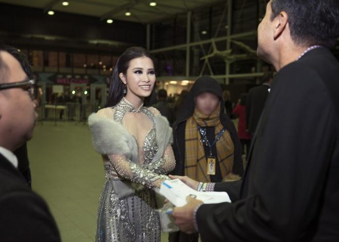 Dong Nhi khong duoc len san khau de nhan giai o MTV EMA hinh anh 2