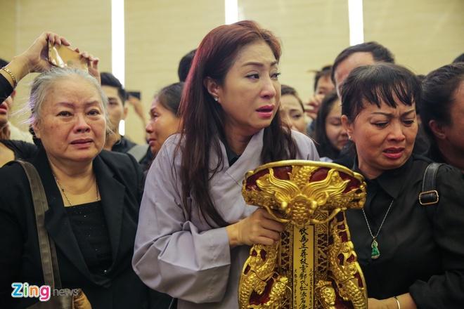 NSND Kim Cuong, Vu Linh khoc luc dua tien sau nu Ut Bach Lan hinh anh 12