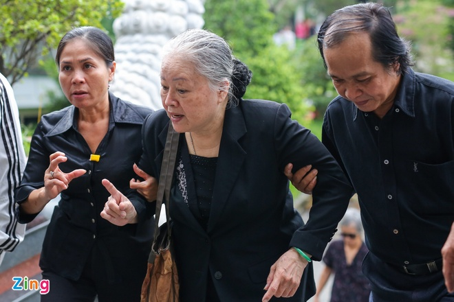 NSND Kim Cuong, Vu Linh khoc luc dua tien sau nu Ut Bach Lan hinh anh 9