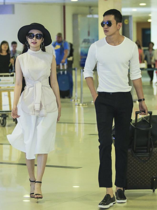 Angela Phuong Trinh than mat voi ban trai Vo Canh o san bay hinh anh 1