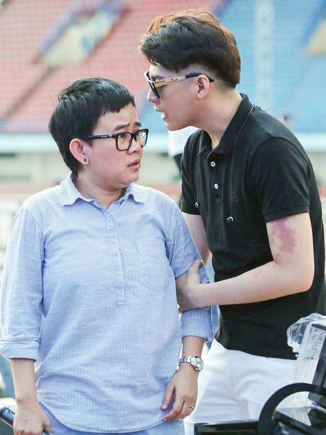 Khong Tu Quynh theo Ngo Kien Huy toi buoi tap live show Noo hinh anh 10