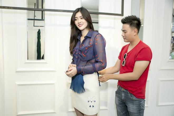 Huynh Tien duoc moi sang Hong Kong gap dan sao TVB hinh anh 2