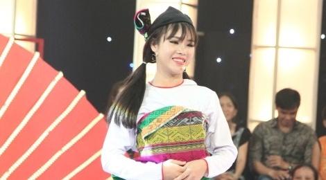 Co gai dan toc Muong khien Tran Thanh, Truong Giang me met hinh anh