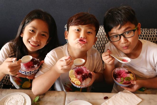 Team Noo Phuoc Thinh di du thuyen 5 sao kham pha vinh Phuket anh 7