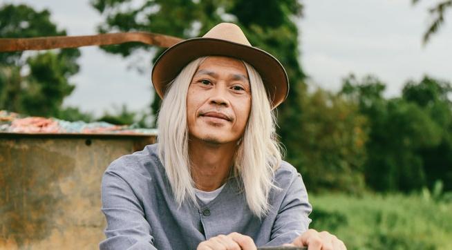 Hoai Linh lam ong ngoai xi tin trong phim dien anh moi hinh anh