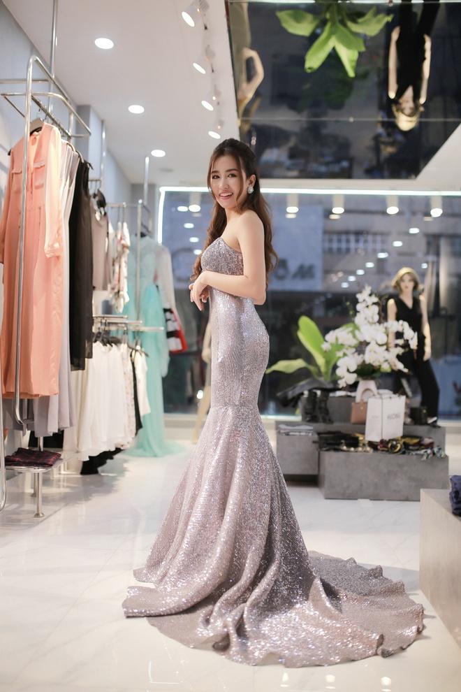 Trang Moon xinh dep truoc gio sang Han tham du le trao giai hinh anh 5