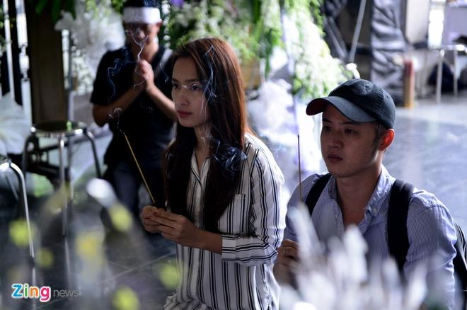 Con gai ve nuoc chiu tang NSUT Quang Ly anh 6