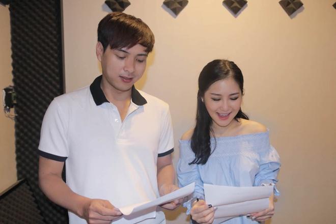 Chi Pu lan dau song ca cung Hoang Thuy Linh hinh anh 5