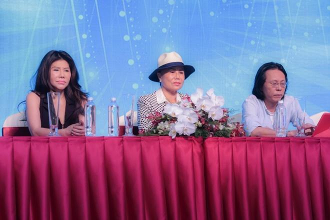 Live show dau tien cua Thanh Tuyen tai Sai Gon anh 2
