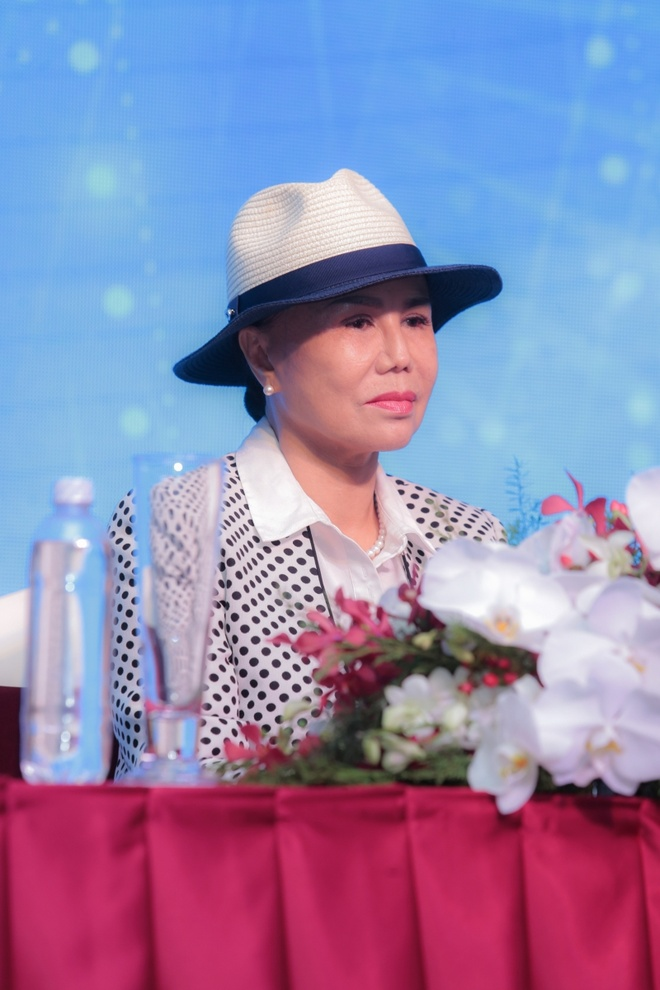 Live show dau tien cua Thanh Tuyen tai Sai Gon anh 1