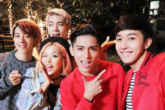 Selfie My Xmas - The Lan, Suni Ha Linh, Monstar hinh anh
